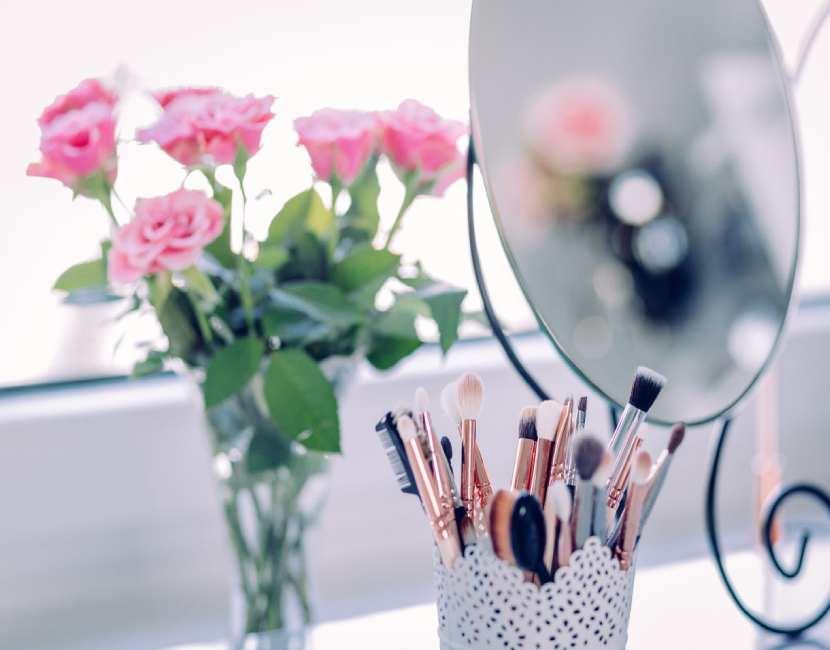 Key makeup tools by Tara O'Farrell