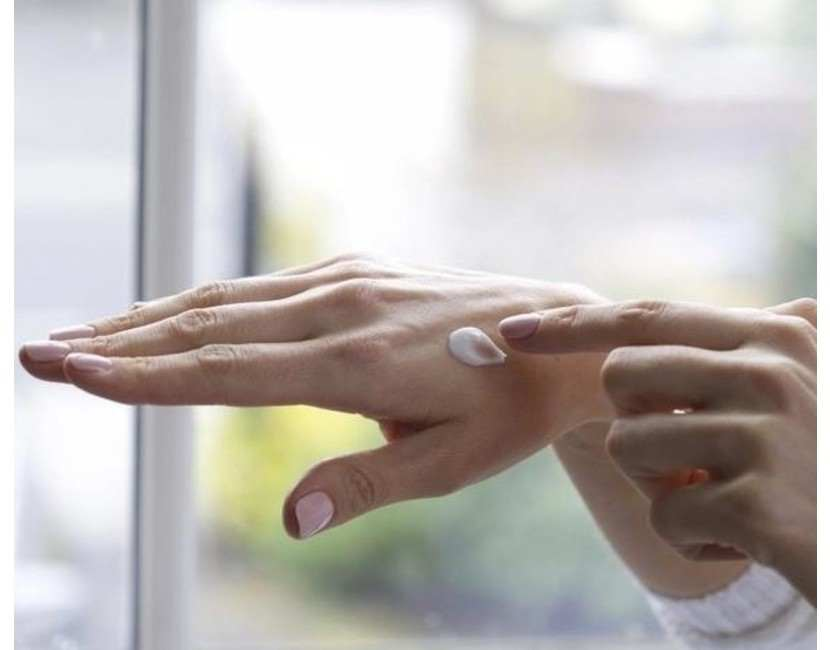 Handy hand-care tips, brought to you from Human & Kind